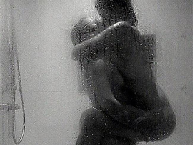 Секс в душевой картинки фото 386-80