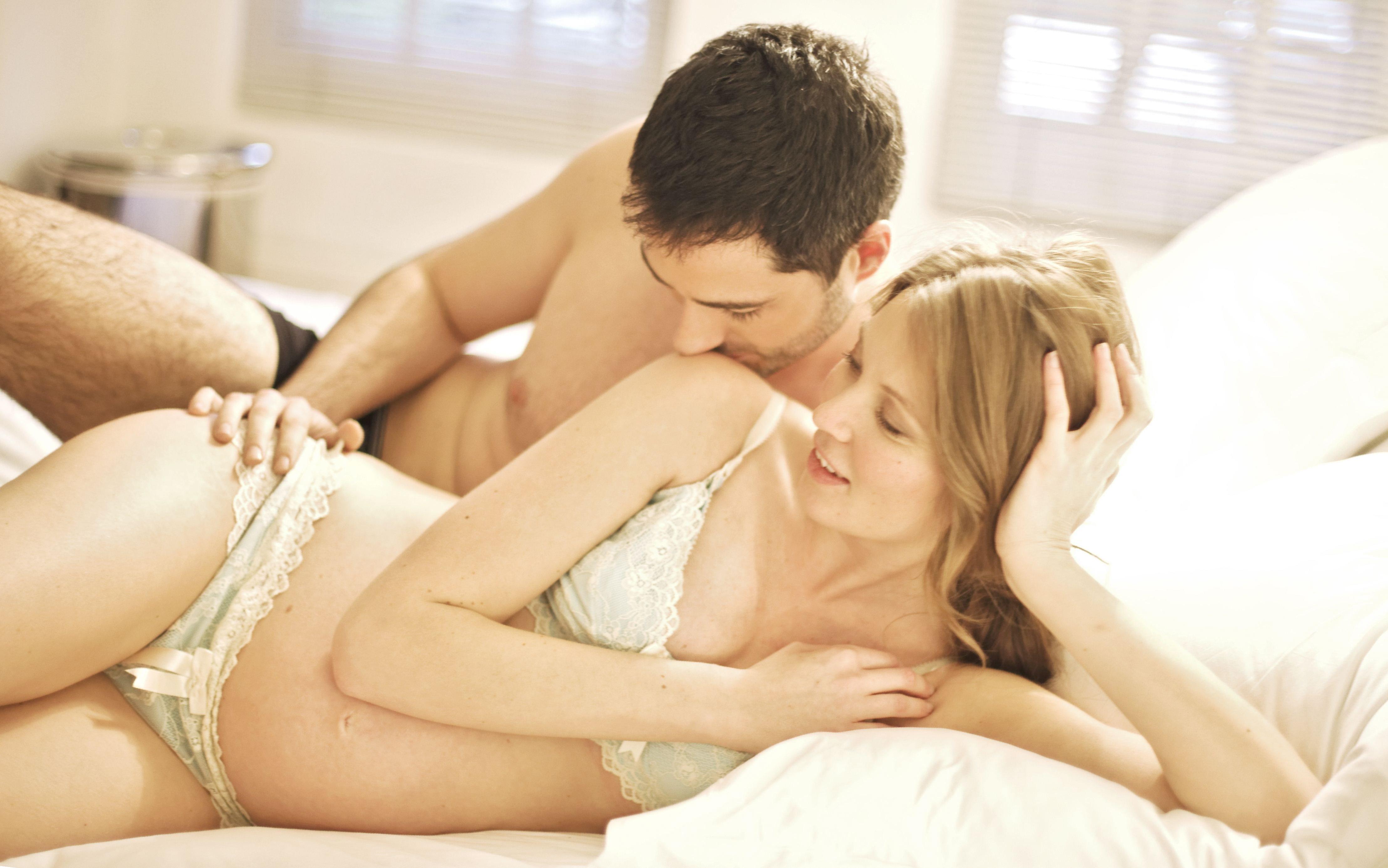 bezopasniy-seks-vo-vremya-beremennosti
