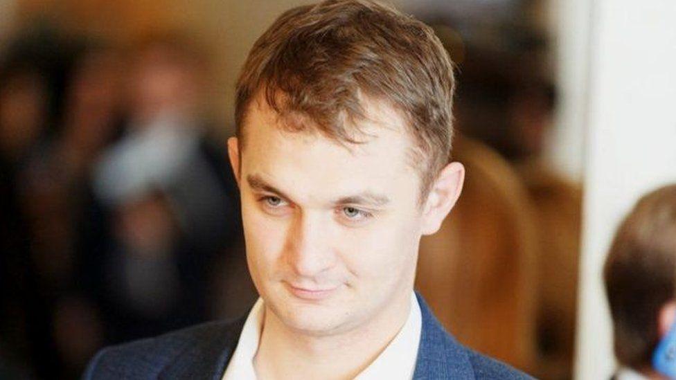 Зеленський втрутився в історію з Брагарем, собакою і комуналкою ...