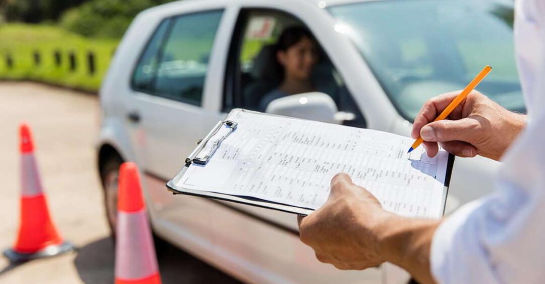 МВС поновило Інструкцію про порядок складання іспитів для отримання водійських прав