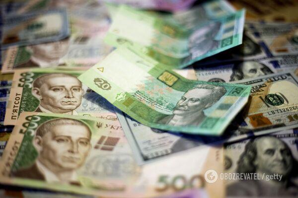 Українців заманюють грошима