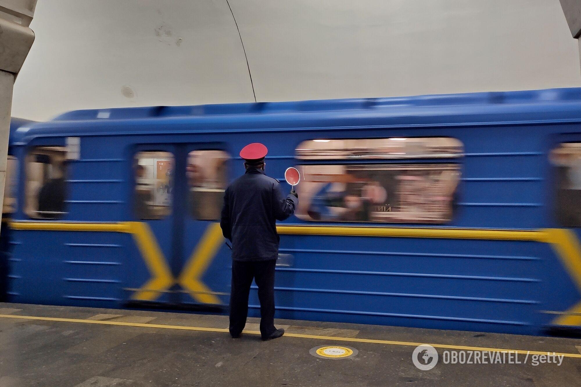 Київський метрополітен може зупинитися в будь-який момент